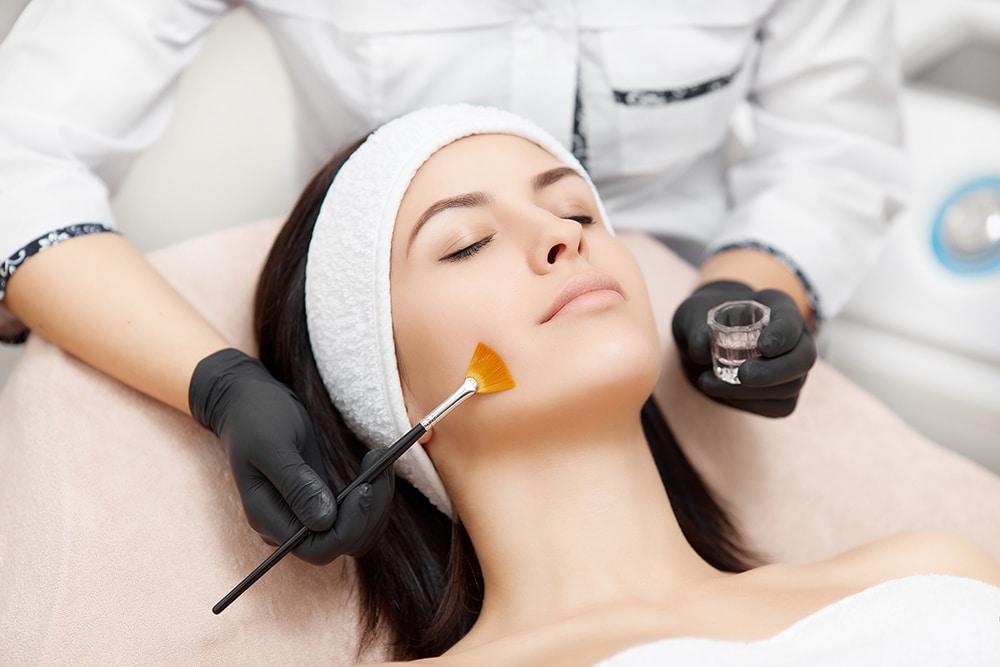 Peeling - Médecine esthétique - Clinic Renaissance - Lille